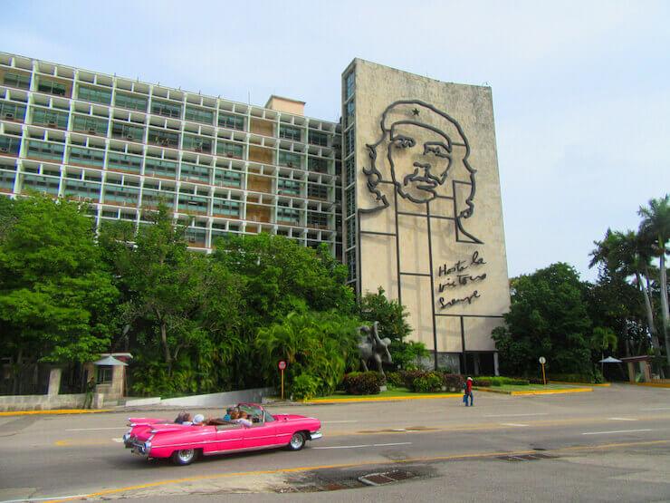 Viajar para Cuba