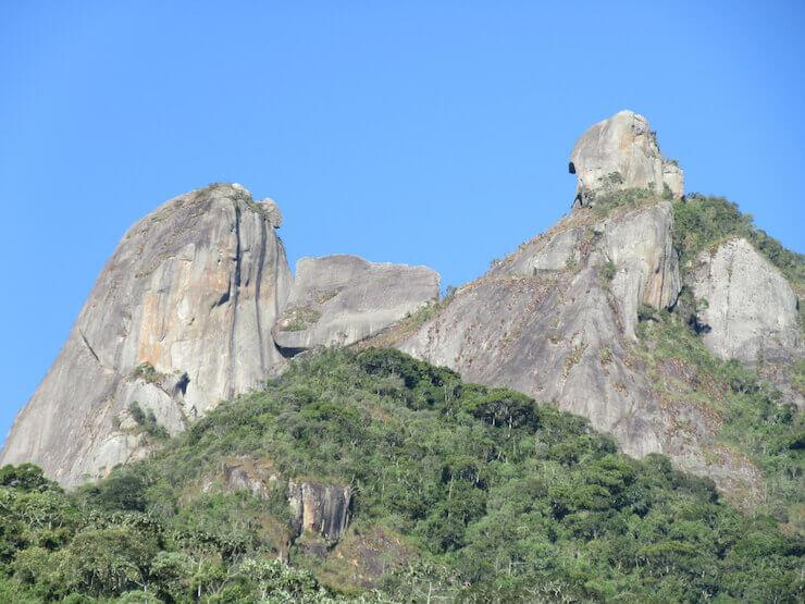 Pico da Pedra Selada Penedo e região